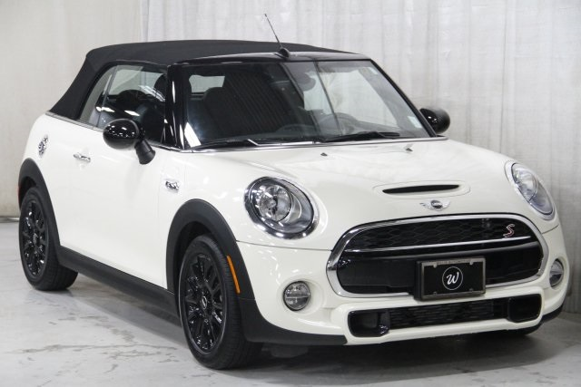 Pre-Owned 2017 MINI Cooper S