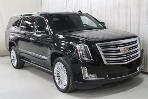Pre-Owned 2017 Cadillac Escalade ESV Platinum Edition